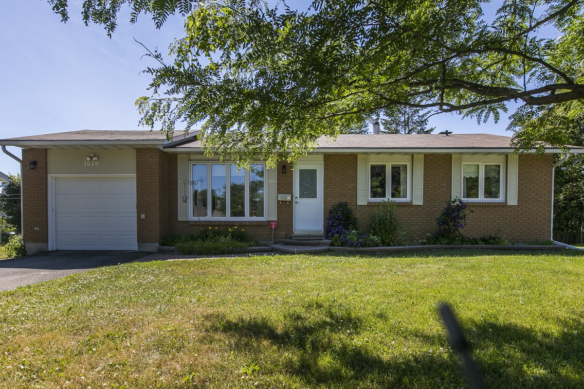 1020 Adley Road | Single Family Bungalow in Carson Grove