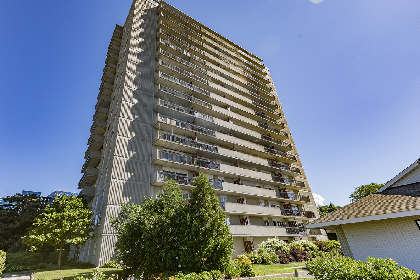 158A McArthur Avenue Unit 1603 | Well-Maintained 2 Bedroom Condo In Chateau Vanier