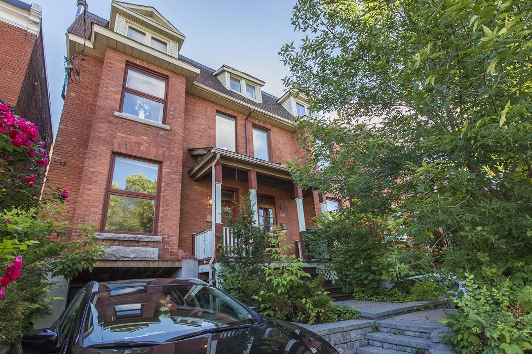 428 Nelson Street | Wonderful 3 Storey Semi-Detached Home in Sandy Hill