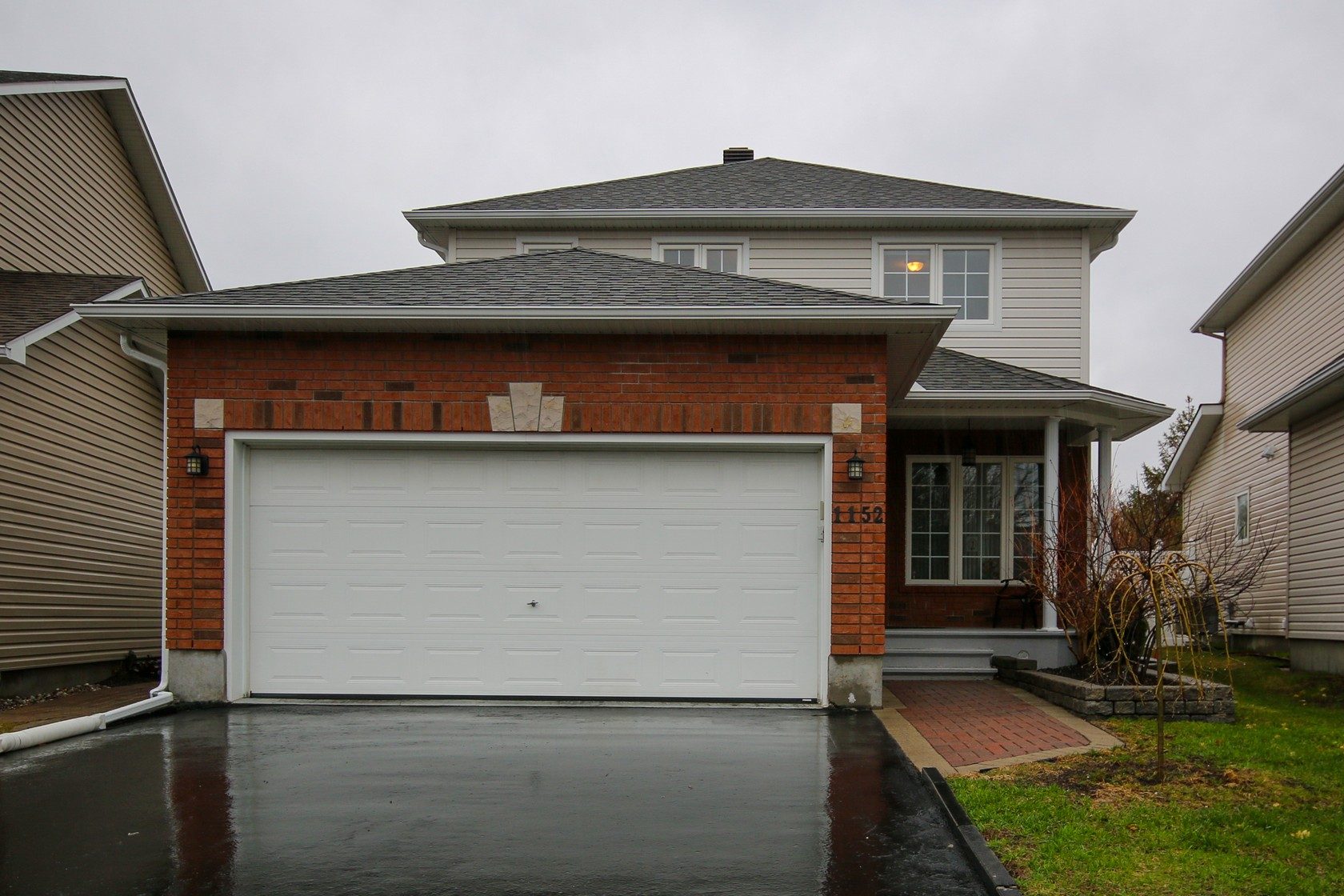 1152 Meadowcroft Crescent