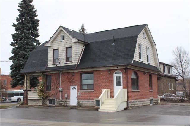 Legal Duplex in Downtown Whitby