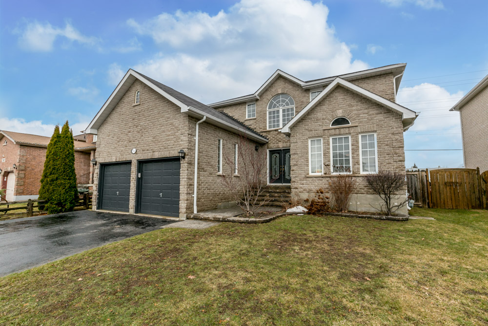 56 Proclamation Drive, Barrie