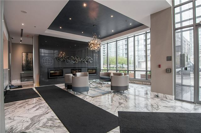 Stunning Downtown Condo!