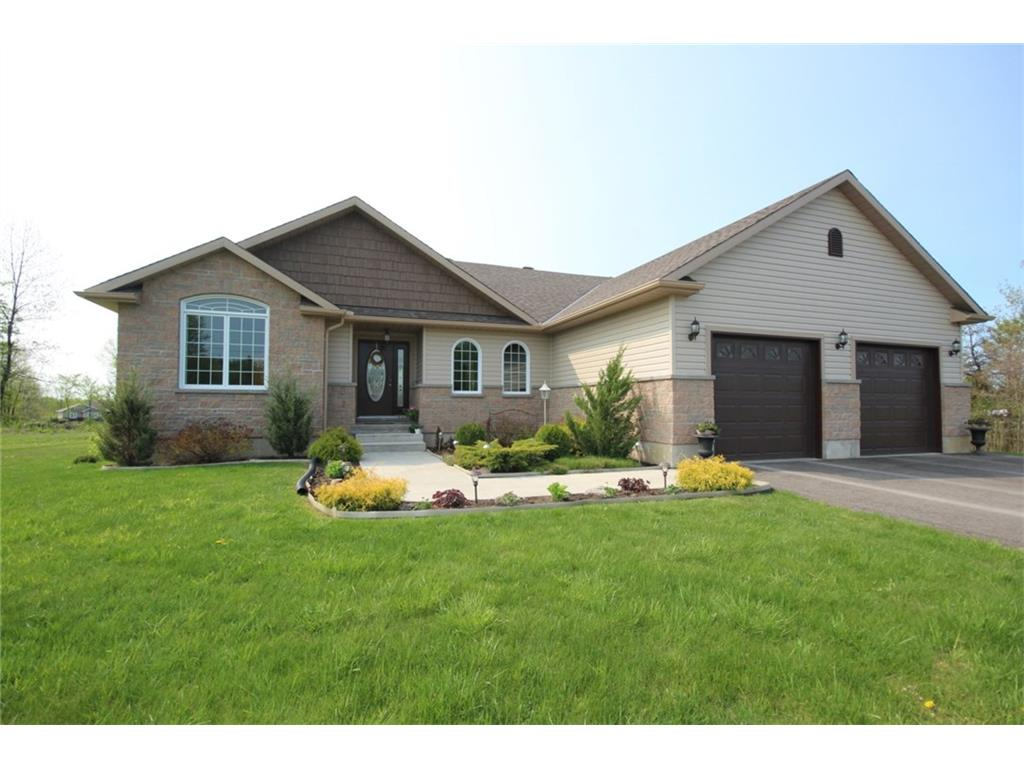 1 Todd Crt - Beautiful Bungalow in newer Subdivision in South Point West-Smiths Falls Area!