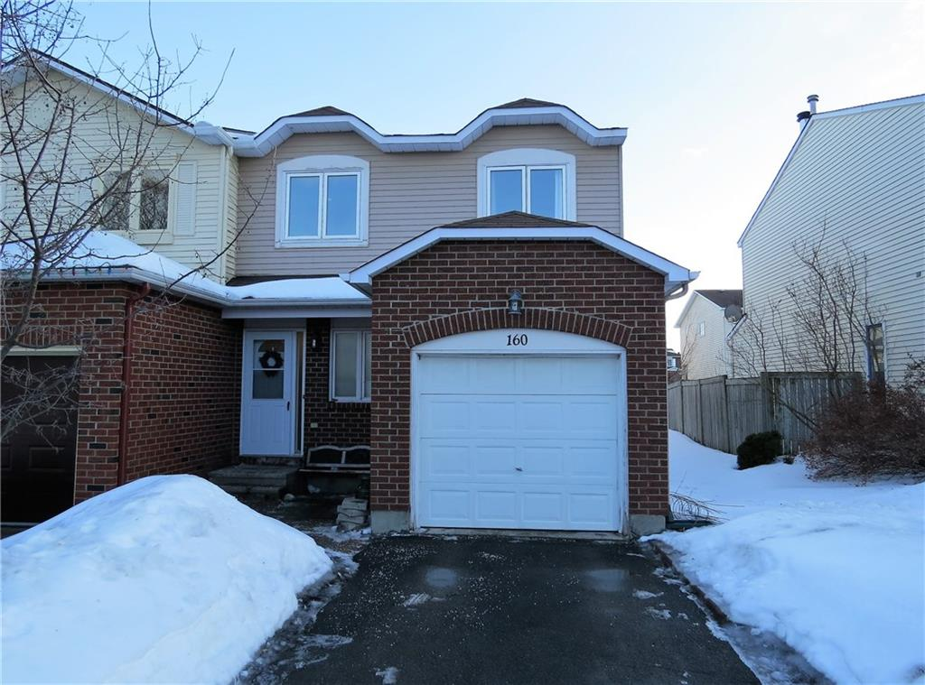 160 Midsummer Terrace - Beautiful End Unit Townhome with Fully Finished Basement in Orleans!