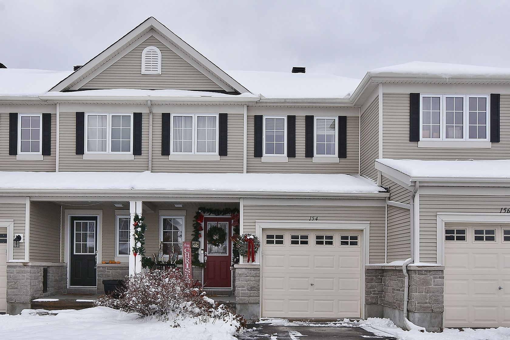 154 Patriot Place - Lovely 3 Bed, 2.5 Bath Townhome in Kanata-Trailwest area!