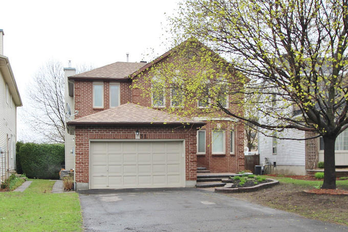 31 Allenby Rd - Stunning Detached Home with Fully Finished Basement in popular Morgans Grant area