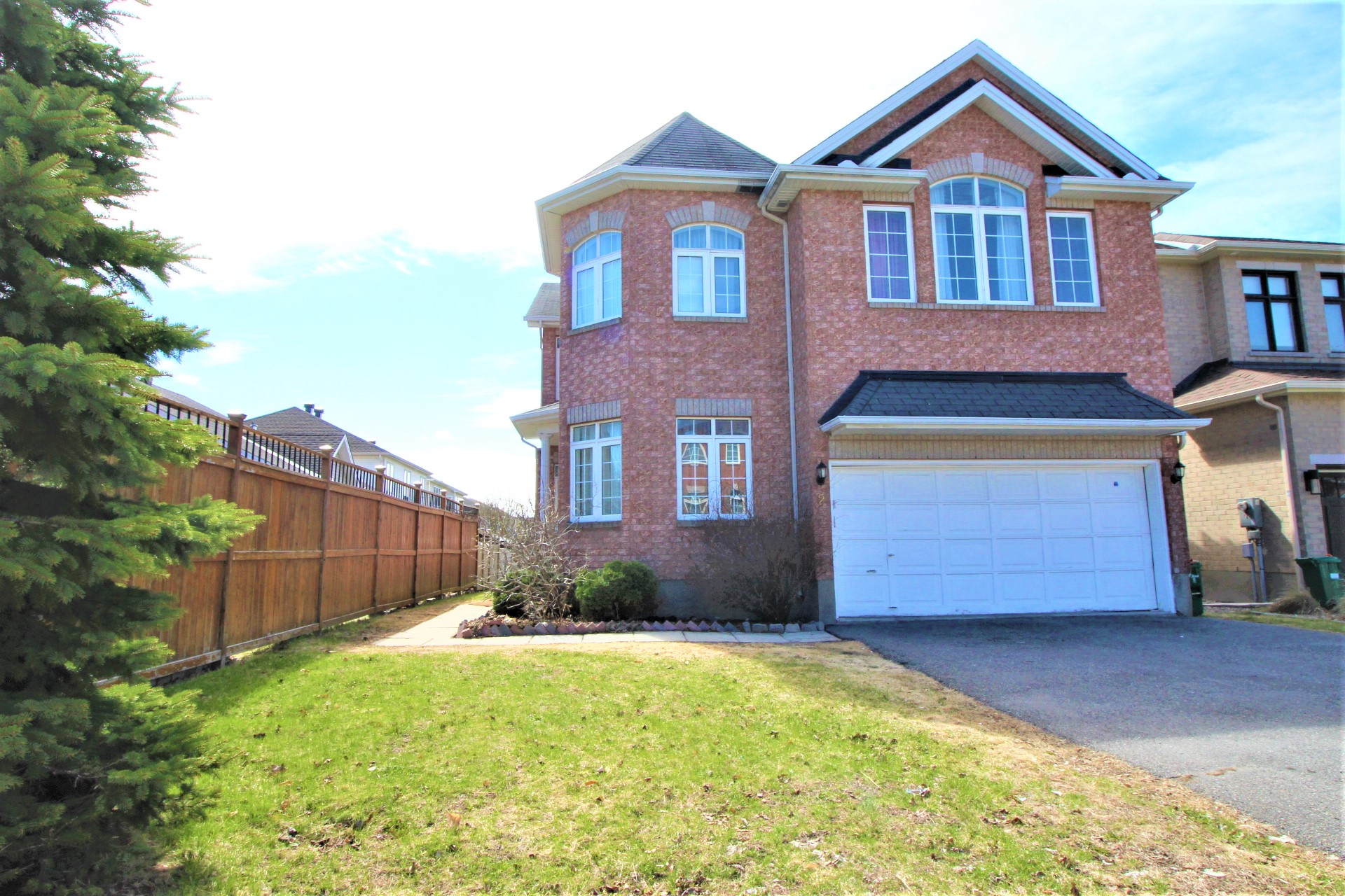 2 Grenwich Circle -  For RENT - Exceptional Executive Home in Central Park