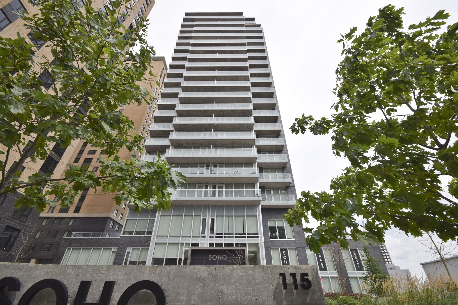 401-111 Champagne Ave S - Luxury at the Soho Champagne with Views of Dows Lake!