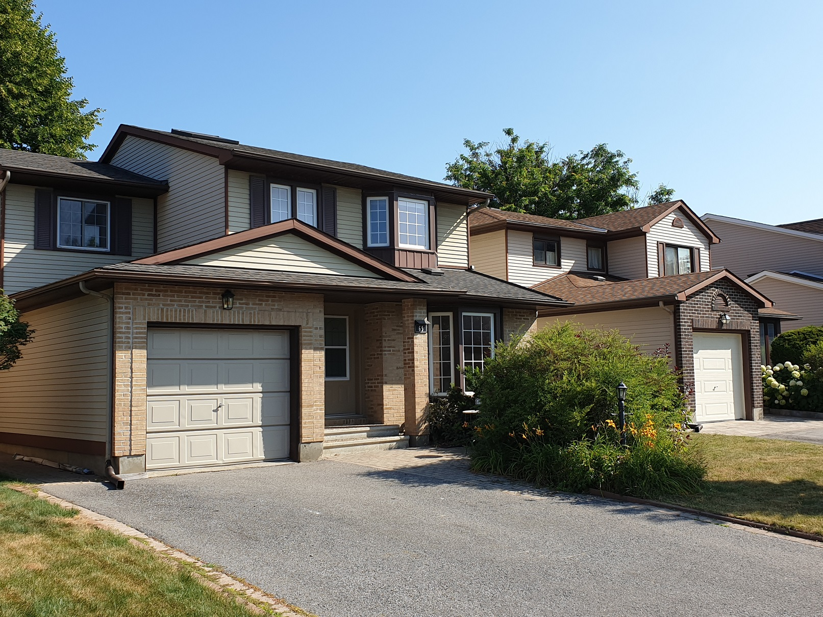 69 Pinetrail Cres - Wonderful 4 Bedroom Detached Home for RENT in popular Centrepointe!