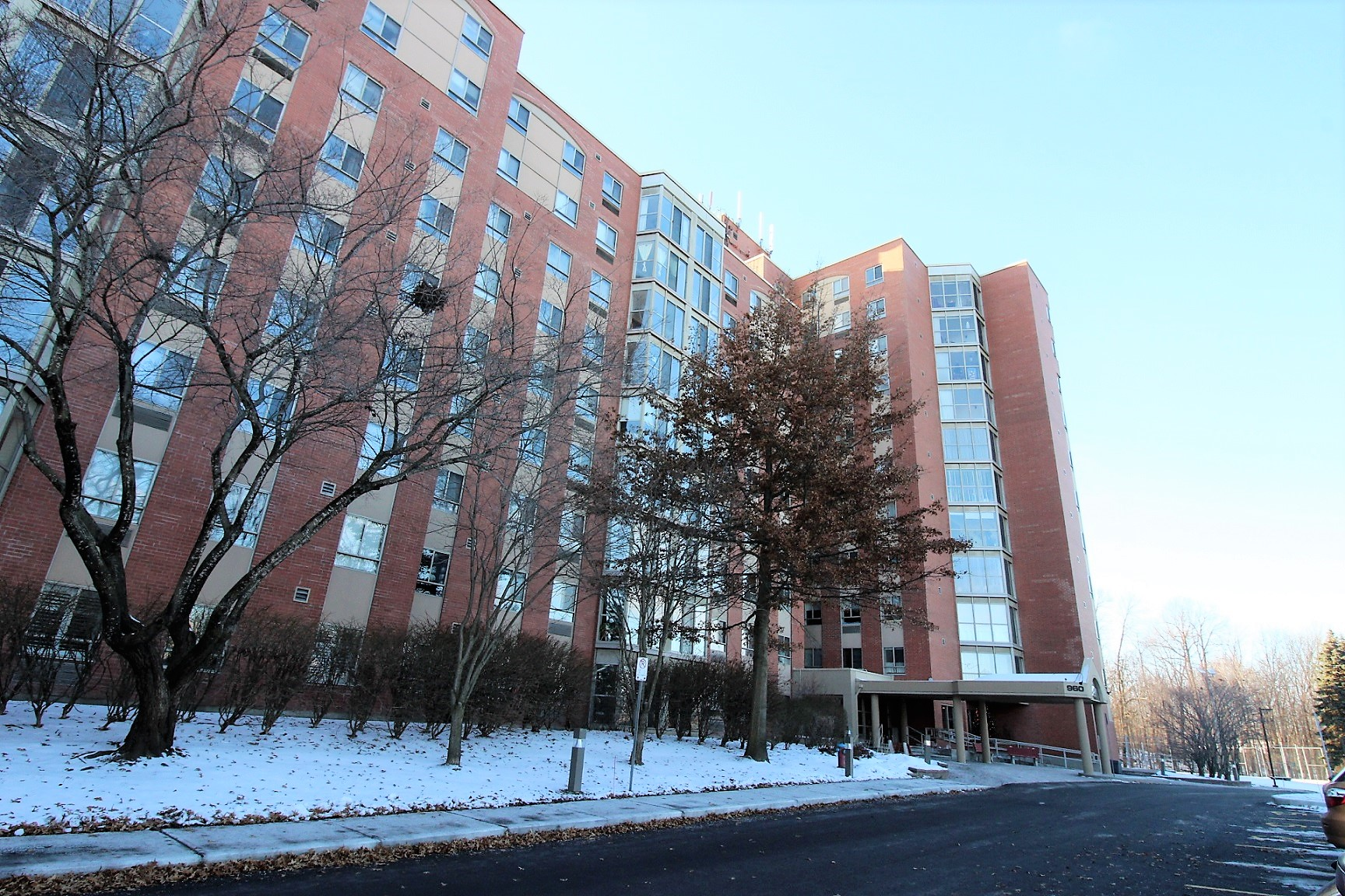 107-960 Teron Rd - 2 Bedroom Condo with Solarium and Loads of Amenities in Beaverbrook Area!