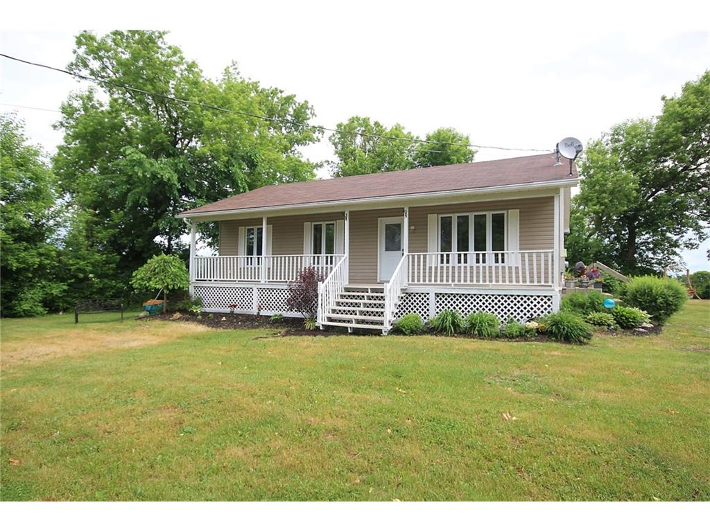 2516 Youngs Hill Rd - 2+1 Bedroom Bungalow in Country Setting in Rideau Lakes Twp!