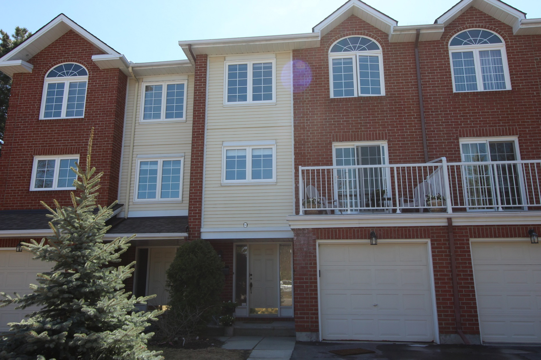 18 Wrenwood Cres - Spacious 3 Storey Condo Townhome in popular Centrepointe!