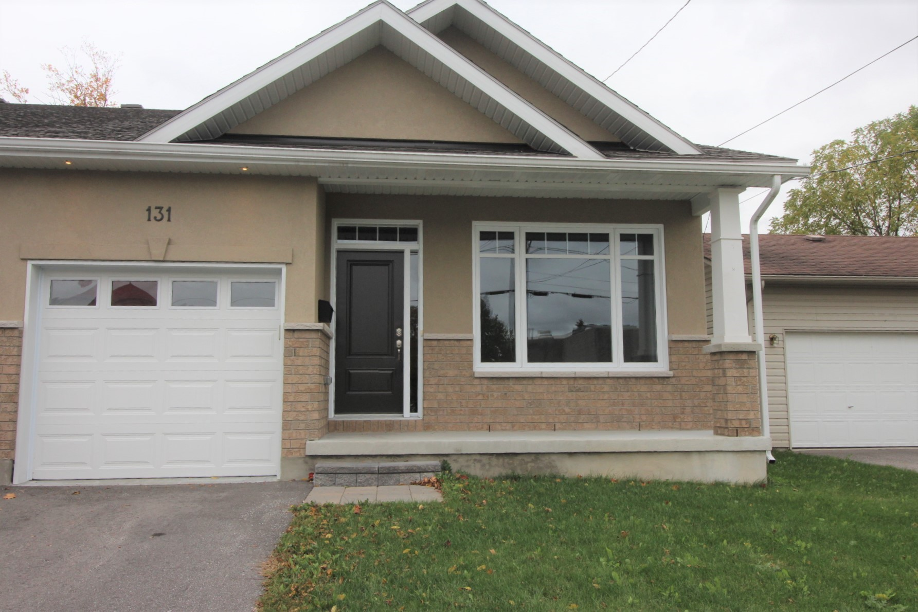 131 Elizabeth St - Stunning Split Level Home with Walkout in Carleton Place!