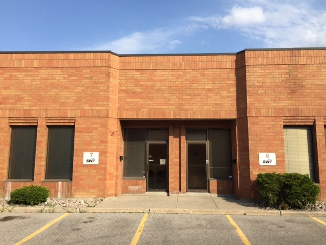 5280 Sq FT Industrial FOR LEASE
