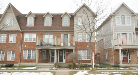 3 Storey Freehold Townhouse with Guaranteed Real Estate Services Inc.
