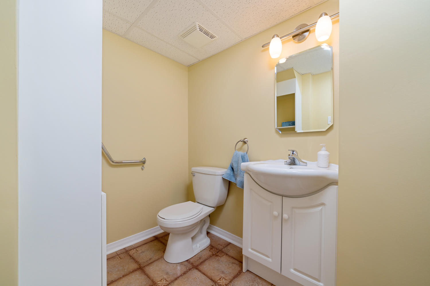 Listing W4467721 - Thumbmnail Photo # 29