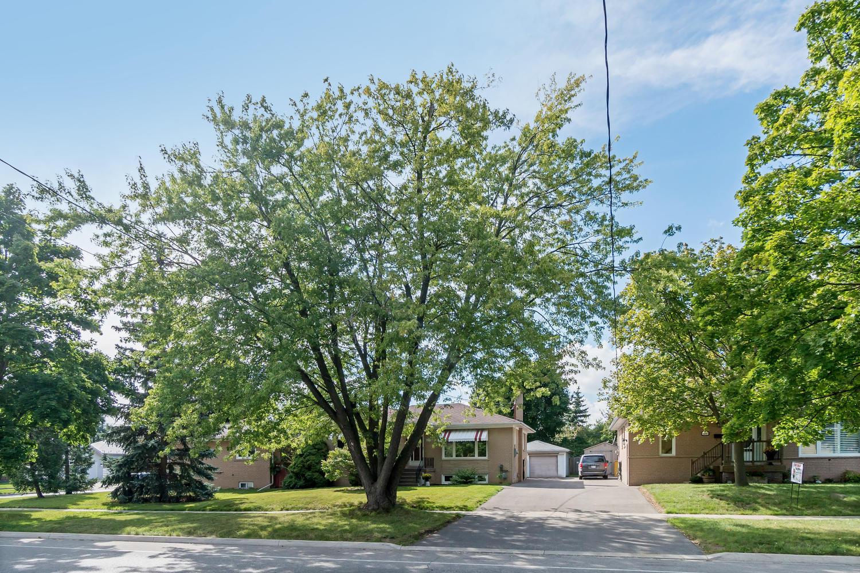 419 Delrex Blvd, Halton Hills