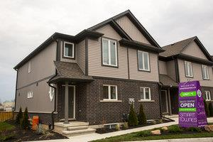 Longview Ravine Estates Luxury Detached Homes