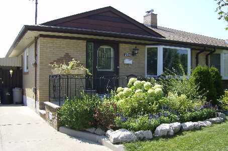 290 Victoria Street