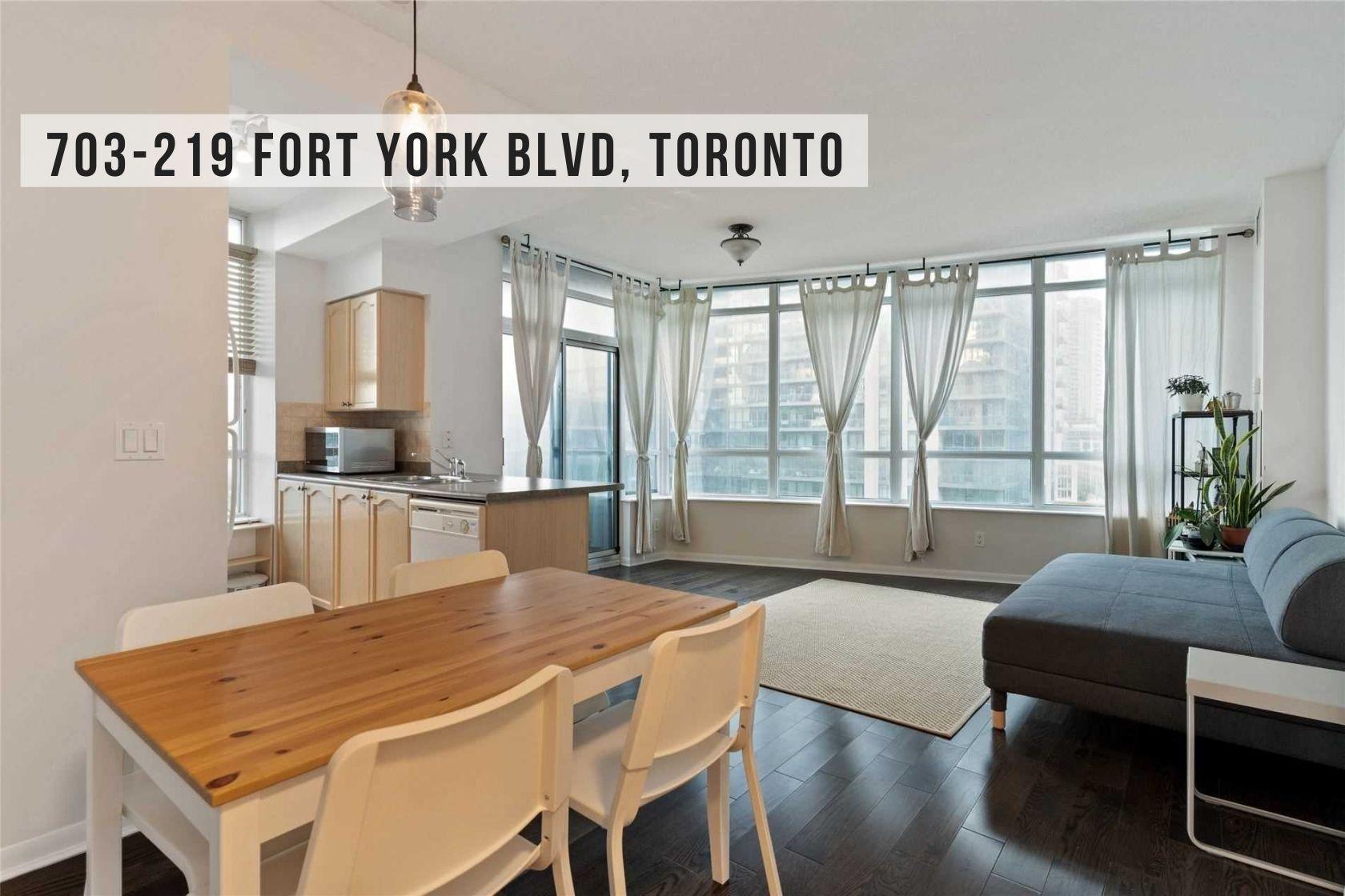 $728,000 • 219 Fort York Blvd