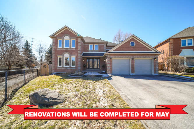 11 Bancroft Cres, Whitby