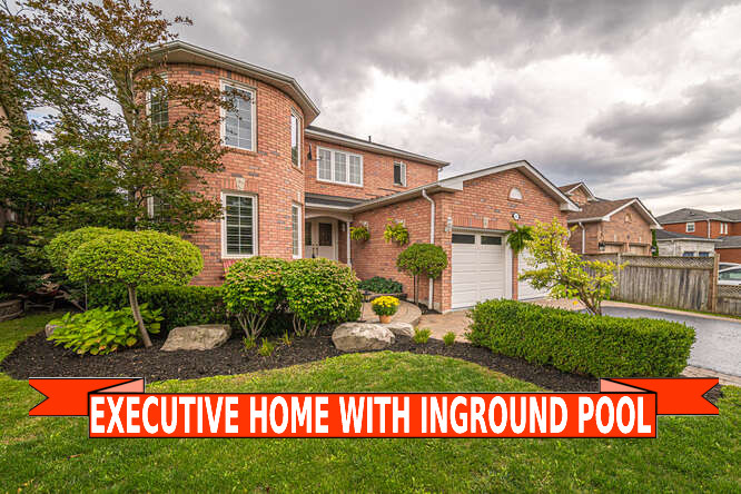 43 Eric Clarke Dr, Whitby
