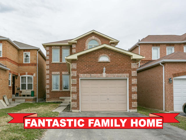 50 Fieldnest Cres, Whitby