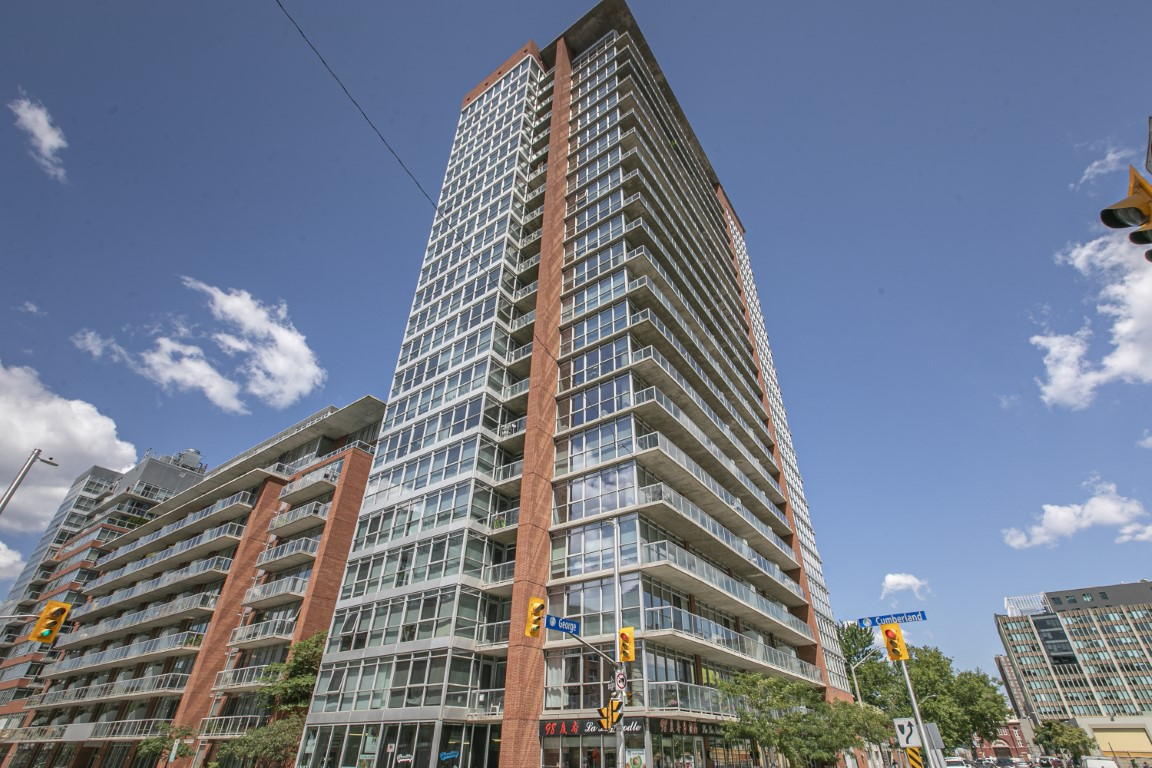 179 George St #1203 | Bright 1 Bed with Den Byward Market Condo