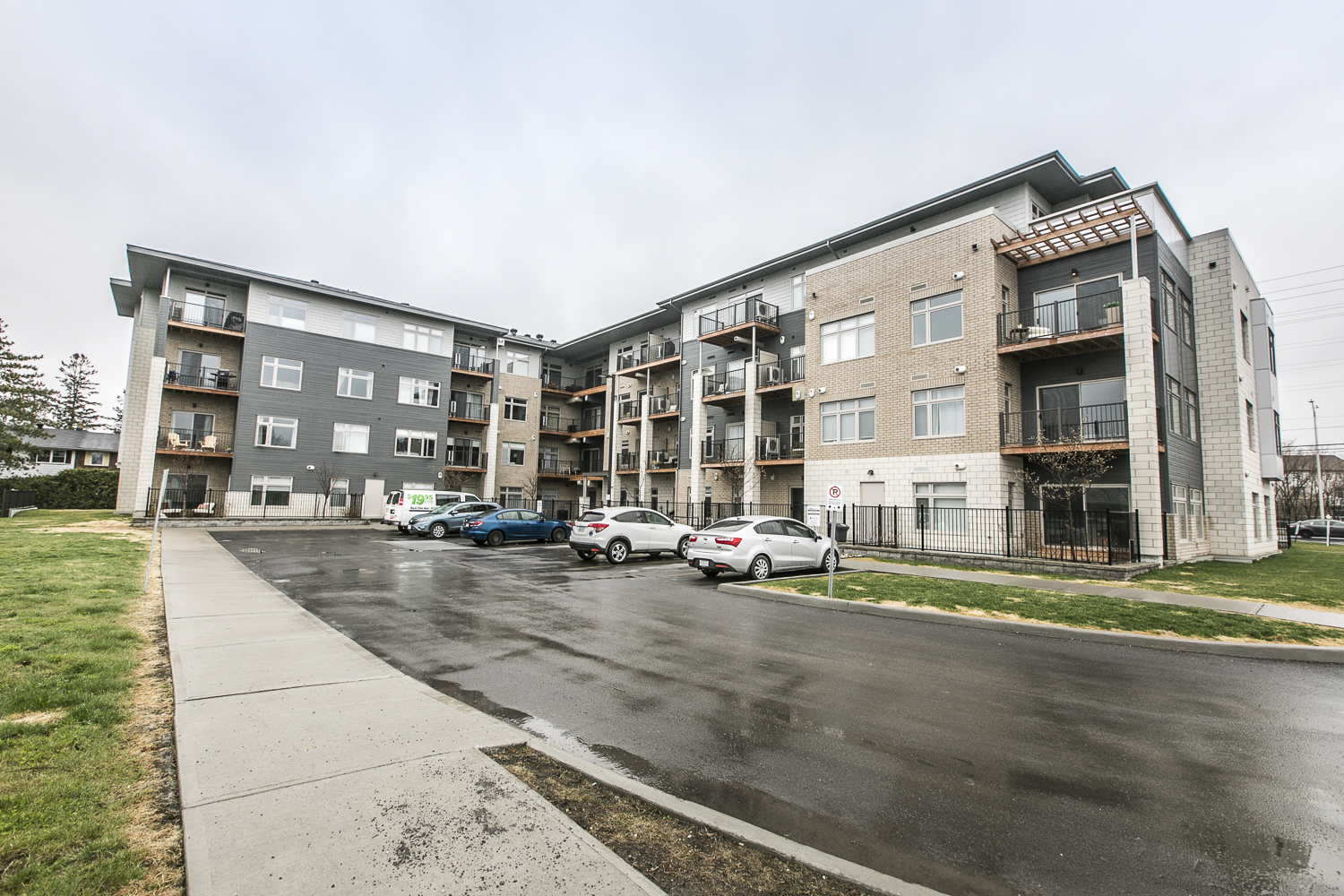 2785 Baseline Road, Unit 220 | Well Maintained 1 Bedroom Condo in Ottawas West-End