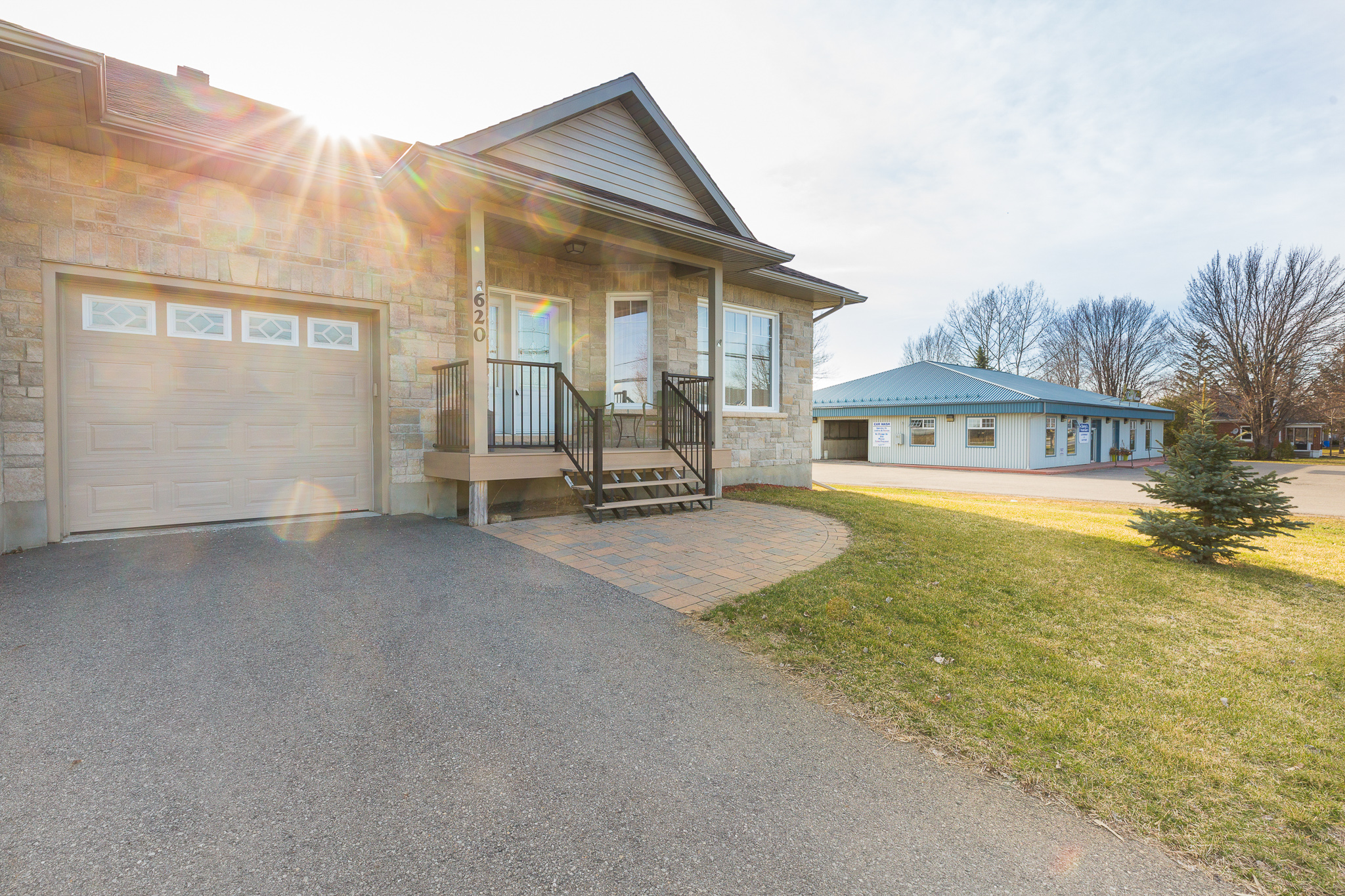 620 St Lawrence Street   Luxurious Bungalow Town Home in Winchester