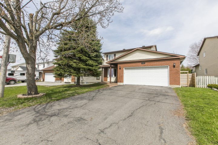 879 Champlain Street | Bright 3 Bedroom Home in Orleans