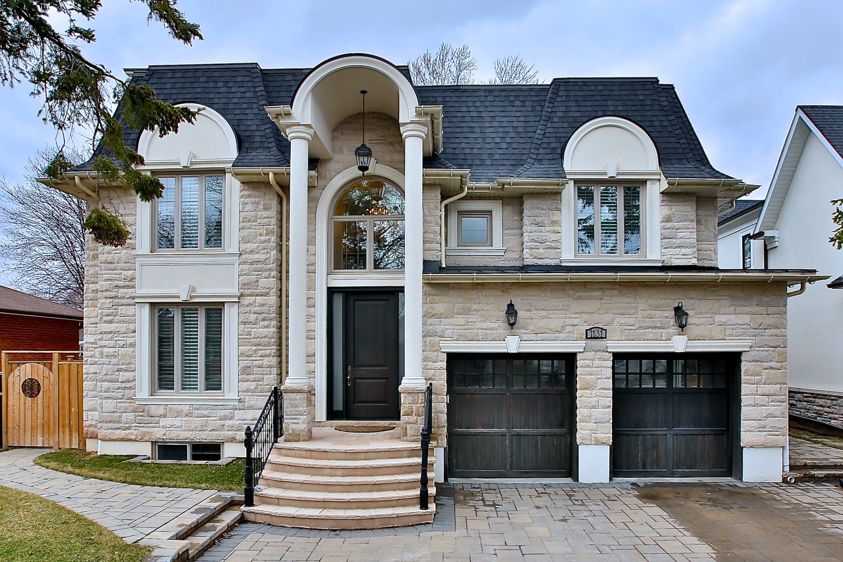 1131 Bridge Rd, Oakville
