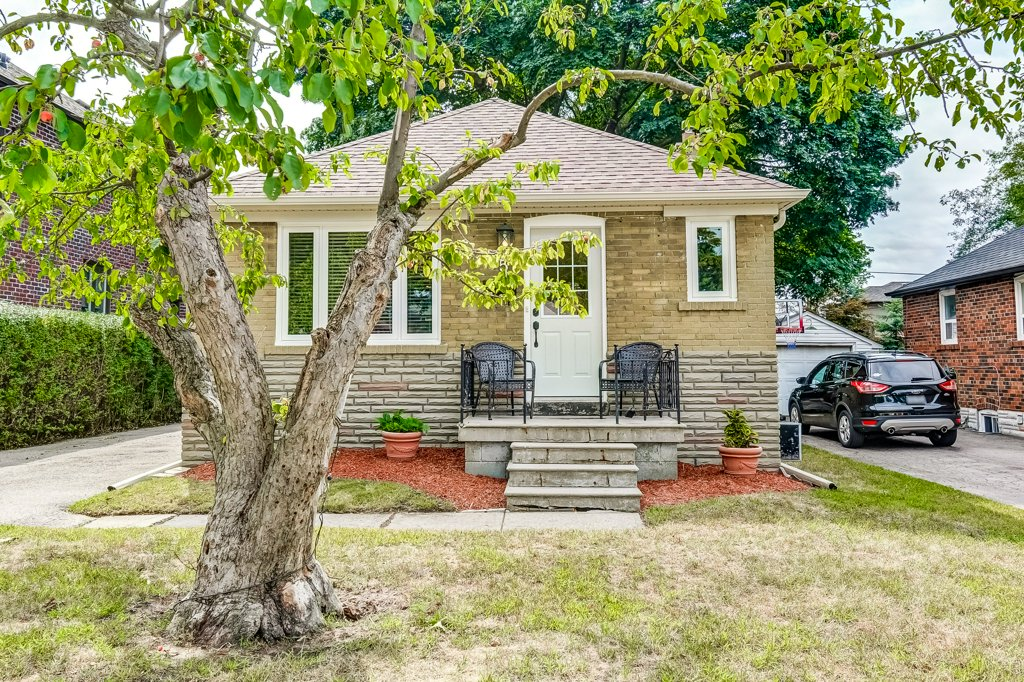 45 Edgecroft Rd, Toronto