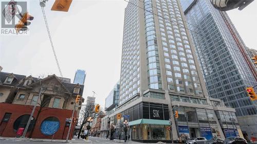 155 Yorkville Ave #1718, Toronto