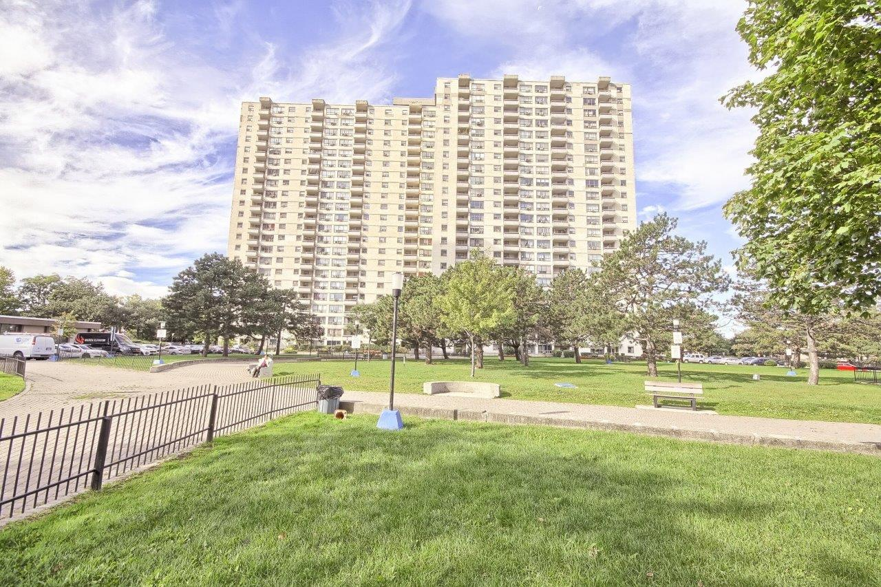 1611-390 Dixon Road