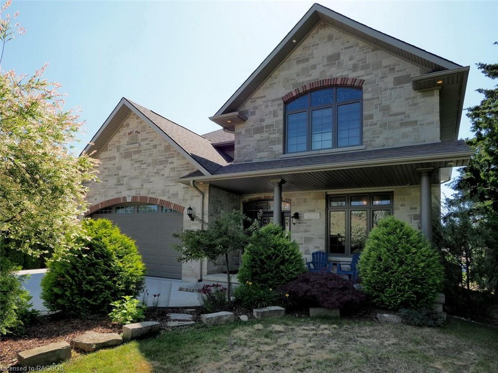 * 4 Bedroom Custom Home on the River