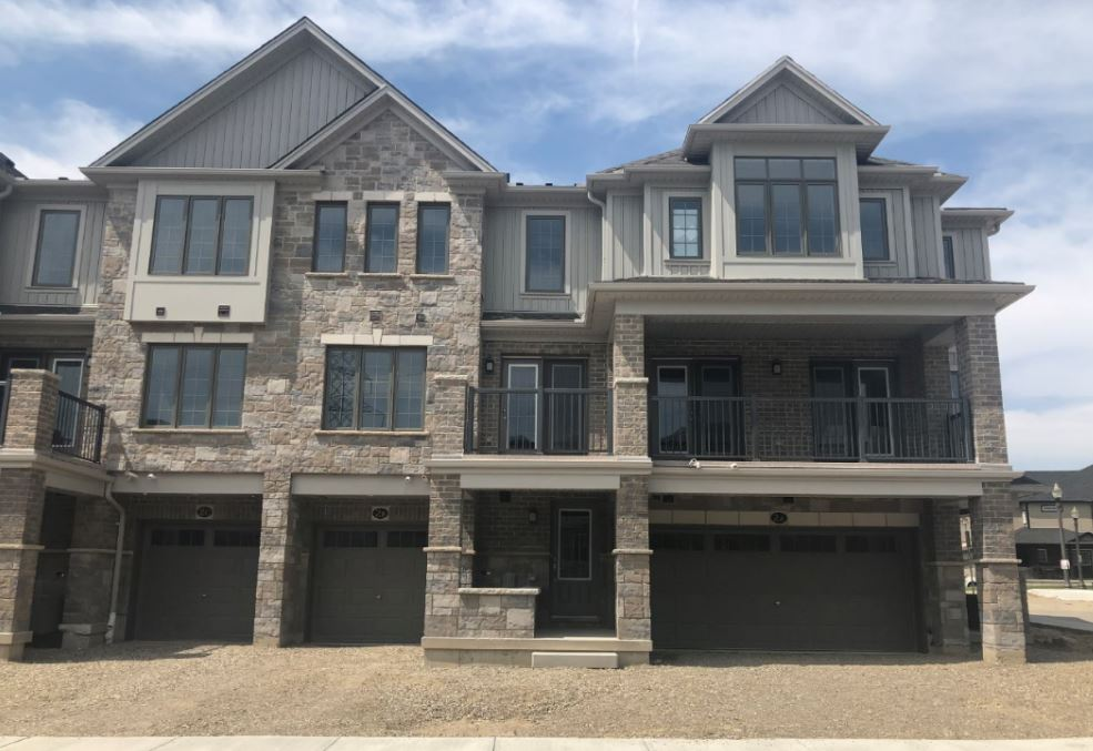 * 2 Bed 3 Bath home in Doon South Kitchener (FOR SALE)