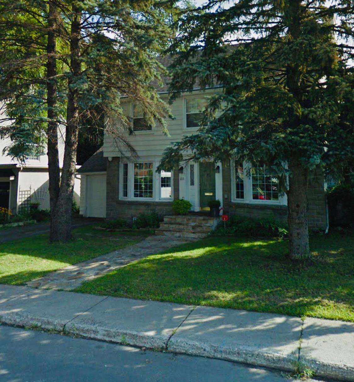 221 Melrose Avenue