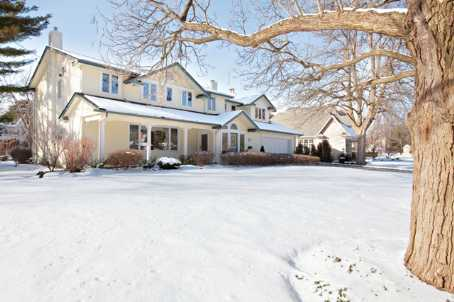 492 Country Club Crescent